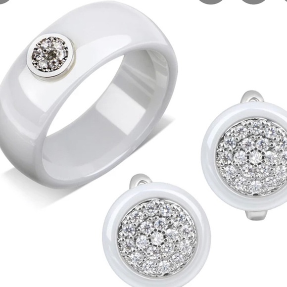 Jewelry - Ring and earrings set!